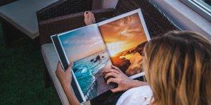 frau liest magazin 300x150 - Journalismus-Profil von Doris Ehrhardt für Magazin-Verlage
